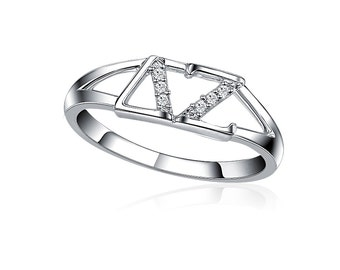 Delta Zeta Ring - Horizontal Design, Sterling Silver (DZ-R001)