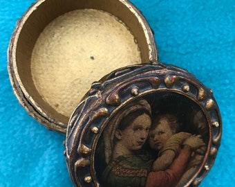 VINTAGE! golden box with mary and jesus