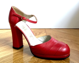 new / 70s, sandals with leather strap red with platform/SHALAKO/made in France/heel tops/size 37/UK 4 US 6/vintage