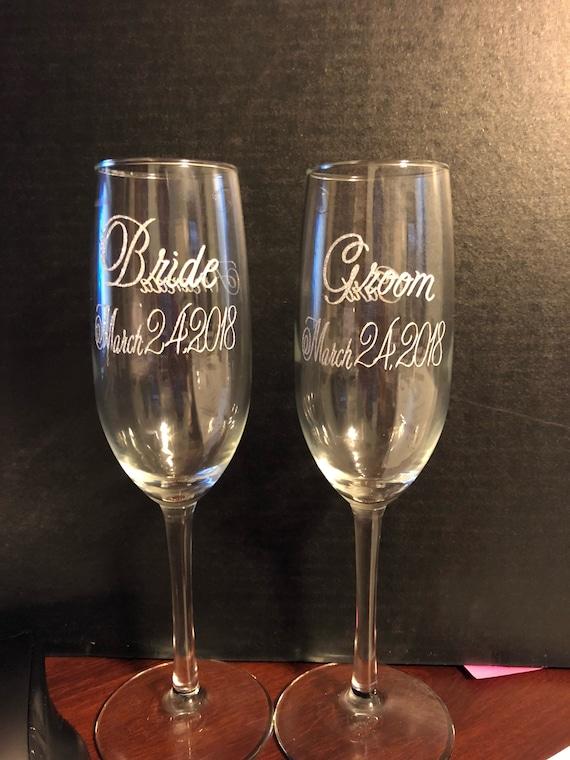personalize wine glasses