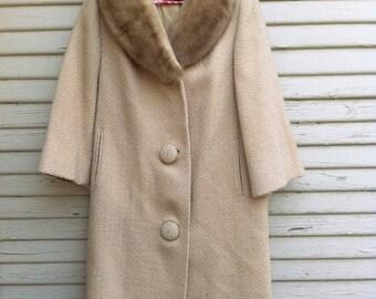 1960s Beige Tweed Coat with Fur Collar