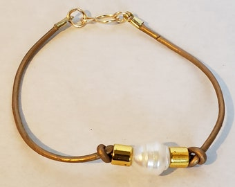 Large White Pearl Brown Leather and Gold Bracelet