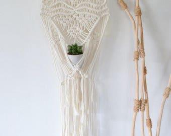 Plant hanger/hanger/macrame hanging plant