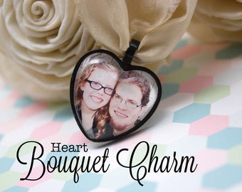 Custom Heart Bouquet Charm - Wedding Photo Charm - Heart Photo Bouquet Charm - Bride Bouquet Charm - Black Bouquet Charm - 25 mm Heart
