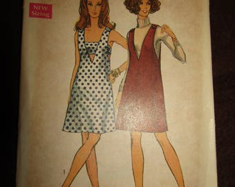 1969 Ladies SIMPLICITY Pattern Jumper or Sundress And Bra in Size 12 Misses'