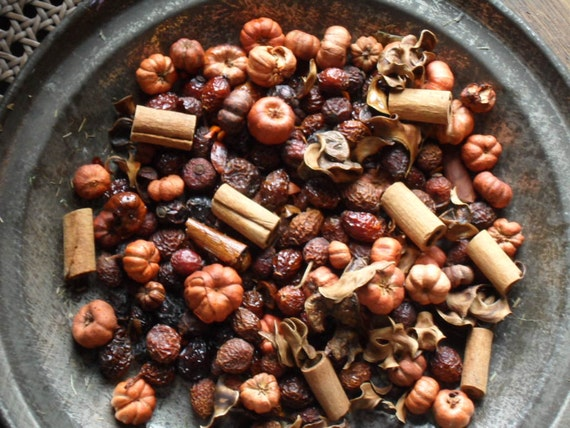 Country Bumpkin Potpourri / Fixins with refresher oil