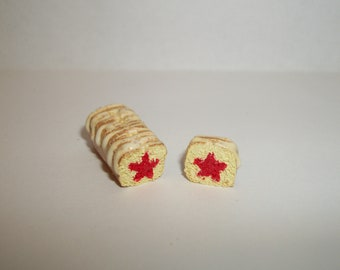 1:12 One Inch Scale Dollhouse Miniature Handcrafted July 4th Independence Day Patriotic Red Star Bread Dessert Cake Doll Food
