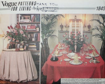 Vogue 1845 Tablecloth and Napkin Sewing Pattern New / Uncut