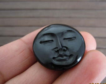 25 mm Closed Eyes Moon Face BEADS, Hand Carved Buffalo Horn, Drilled Top to Bottom , Jewelry  making supplies B6131