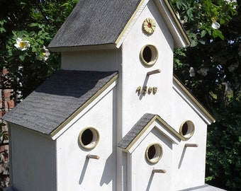 "Bird Nest House ""Ombo"""