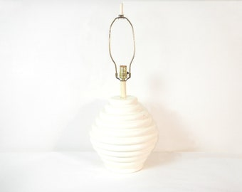 Vintage Mid-Century Large Ecru/Off White Ceramic Beehive Table Lamp