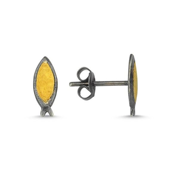 24 Karat Gold Earrings, Silver Earrings, Pisces Earrings, Gold Earrings, Fish Earrings, Animal Earrings, Minimalist, Simple Fish Earrings