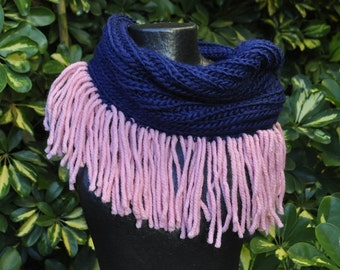 Navy blue collar with pink fringes