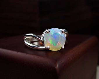 Opal Ring, Fire Opal Ring, Rainbow Opal, Clear Gemstone, Wedding Jewelry, White Opal Ring, Ethiopian Opal, Opal Solitaire, Round Solitaire