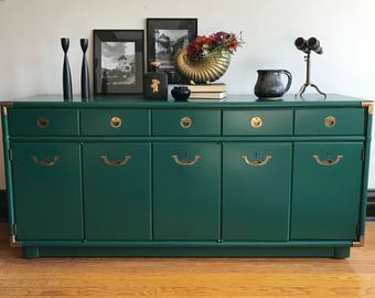 SOLD**Vintage Green Campaign Credenza by Drexel//Refinished Modern Sideboard//Painted Campaign Dresser//Regency Style Buffet in Emerald