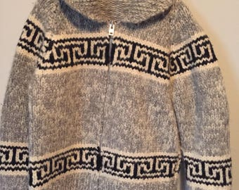 Vintage cowichan wool sweater full zip excellent shape