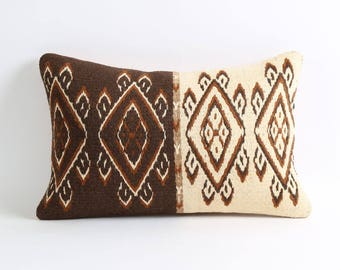 Kilim Pillow Cover 12x18 Brown cream Vintage Decorative Throw Pillow Hand Embroidery Turkish Tribal Boho Pillows For Sofa Couch Pillows