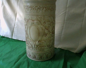 Vintage Umbrella Stand Weller Pottery Ivory pattern - As Is has chip