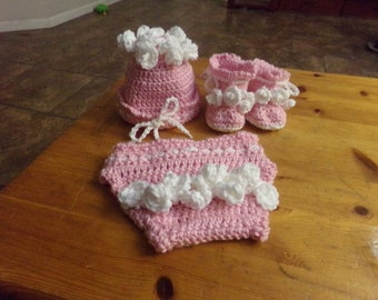 Little Girl Hat, Diaper Cover and Booties Set