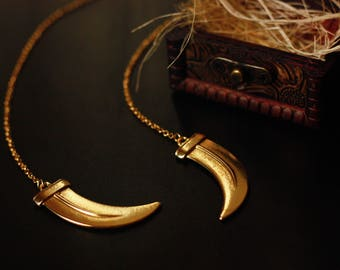 Daenerys Targaryen Dragon Claw Necklace