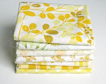 Vintage Sheet Fat Quarter Bundle - Yellow Mix - Set of 7