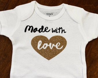 New Baby Onsie, Made with Love, Valentine Baby Onsie, Valentine Baby, Baby Valentine, Valentine Birth Announcement, Baby Shower Gift