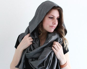 Very long scarf with a hood in silver
