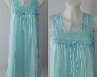 Vintage Aqua Blue Chiffon Nightgown, Vintage Nightgown, Vintage Short Nightgown, 1960s Nightgown, Chiffon Nightgown, Romantic