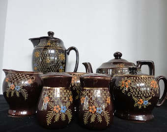 Japanese coffee and tea service with matching salt and pepper shakers