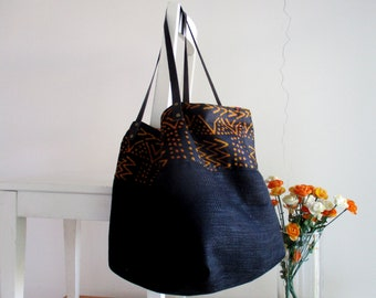 Reversible Slouchy Tote in Black and African Print XL with Leather Straps