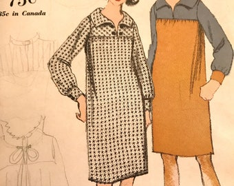 Vintage 1960's Yoked Shift Dress Pattern---Vogue 5488---Size 16  Bust 36  UNCUT