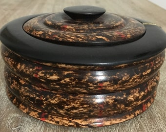 Hand-crafted jewelry bowl with lid