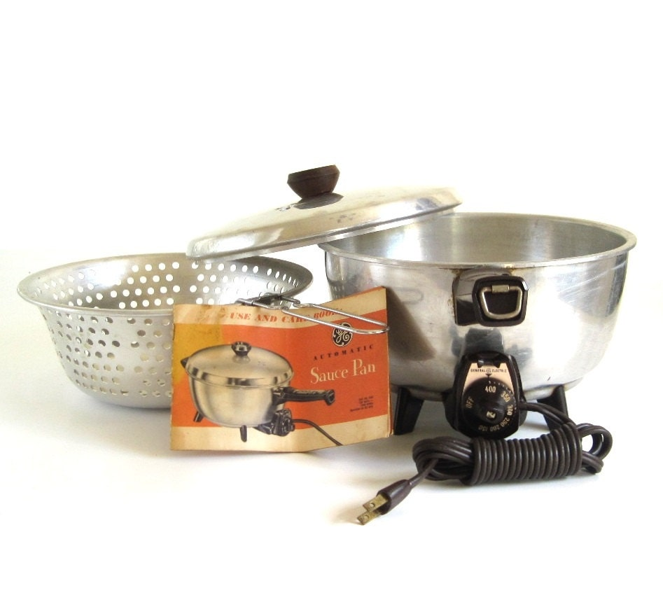 General Electric Saucepan 16S40 Small Appliance 1950s Kitchen