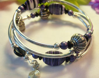Women's Memory Wire Wrap Purple & White Resin Silver Curved Bar Tube Bracelet - Makes a Great Gift - Comes in a Beautiful Gift Bag