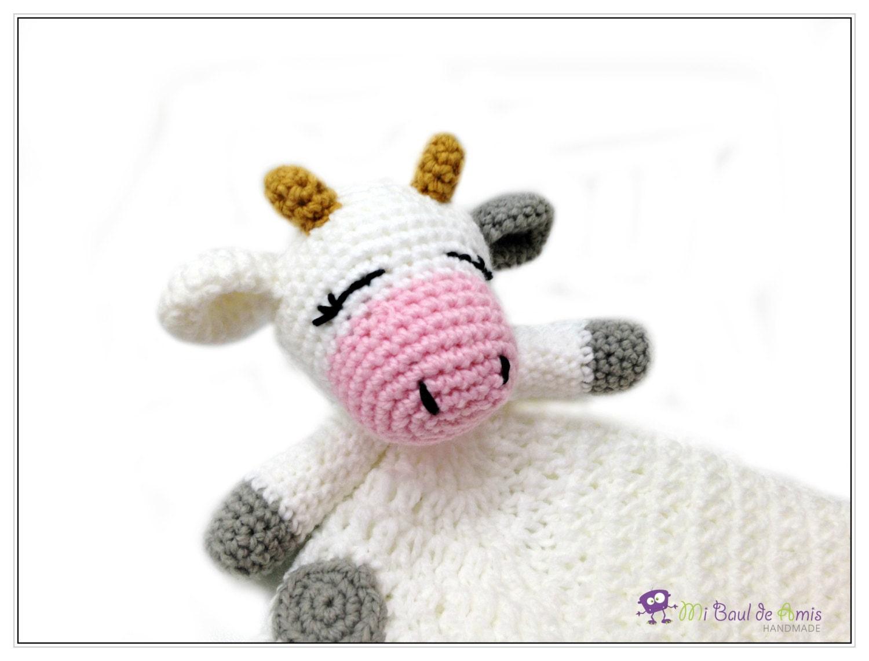 Blanco y gris vaca Lovey de ganchillo bebé manta hecho a
