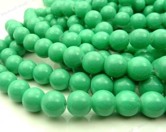 8mm Pistachio Green Round Glass Beads - Smooth, Shiny Beads - 25pcs - BN3