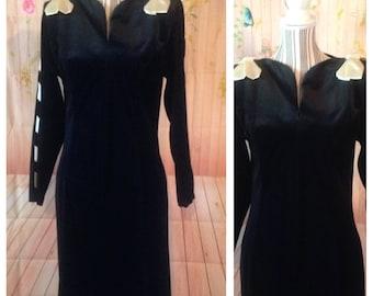 Vintage Black Velvet Oscar de la Renta Gown