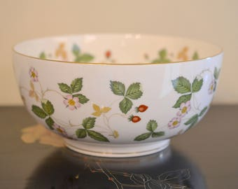 Vintage Wedgwood Bowl, Wedgwood Wild Strawberry Pattern Bowl, Wedgwood Fine Bone English China