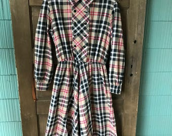 Vintage 70's Plaid Long Sleeve Day Dress with Collar by Ellen Hart