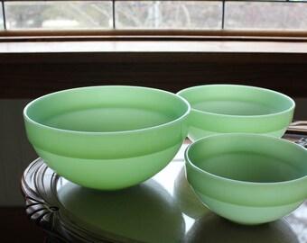 Set of 3 ~ Vintage  Fire King Jadeite Jade-ite Colonial Bowls ~ Very Rare