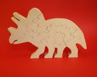 wooden dinosaur: triceratops, decorative object (12)