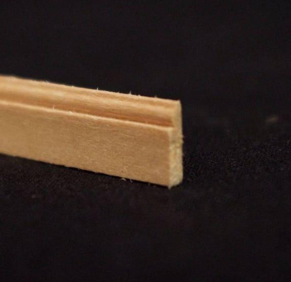 Leiste , Holz natur unbehandelt,  für das Puppenhaus, für den Modellbau, für den Krippenbau # 23559