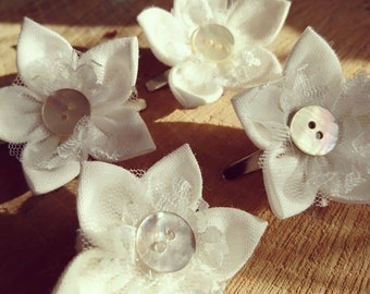 First Communion, Linen Flower Hair Clip, communion hair accessory, kids hair accessory, handmade hair clips, hair bobbins