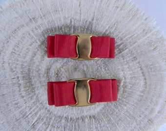 Vintage Shoe Clips ... 1970s Red Grosgrain and Gold Buckle Nautical Shoe Clips