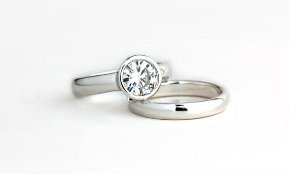 Low Profile Moissanite Engagement Ring Wedding Band Set