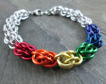 Chainmaille Bracelet - Rainbow Chainmaille - Sweetpea Bracelet - Chainmaille Jewelry - Rainbow Bracelet - Pride Jewelry