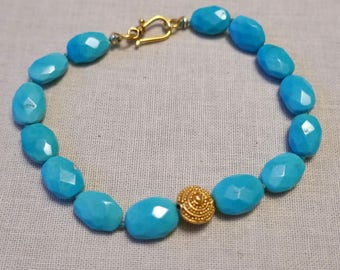 18k Solid Yellow Gold Sleeping Beauty Turquoise Nugget Bracelet