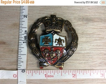 10%OFF3DAYSALE Vintage Crest Style Pin Brooch Some Corrosion Used
