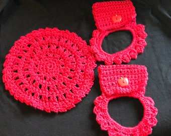 Crochet towel hangers and wash cloth- Apple red