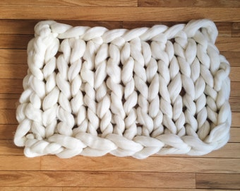 Chunky hand knit pure wool blanket/backdrop (A)
